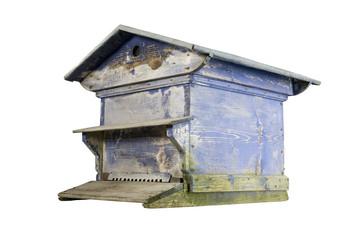ruche bois traditionnelle bleutée sur fond blanc