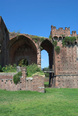 rovine al castello