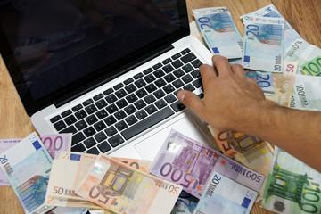 Notebook Geld verdienen im Internet