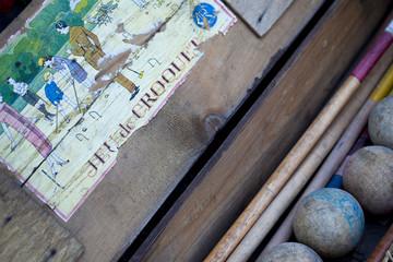 Jeu de croquet, boules et antiquité