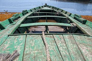 Vieja barca de madera