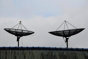 Twin satellite dish