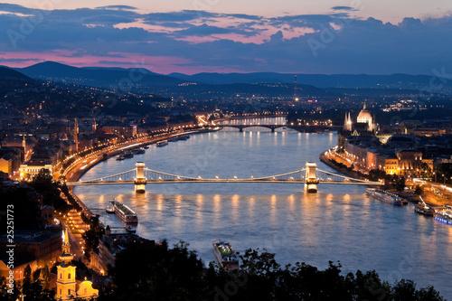 Poster Ungarn, Budapest, Burghügel und Burg. Stadtansicht