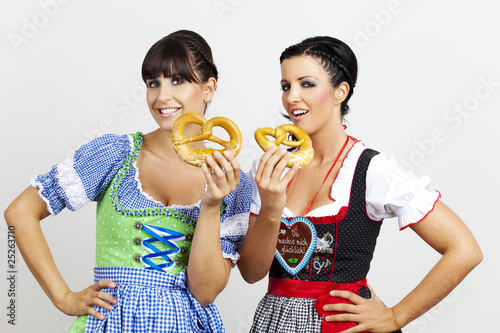 wiesn oktoberfest beautys