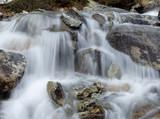Fototapety Reines fließendes Wasser