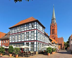 Marktplatz und Kirche St. Martin in Nienburg / Weser