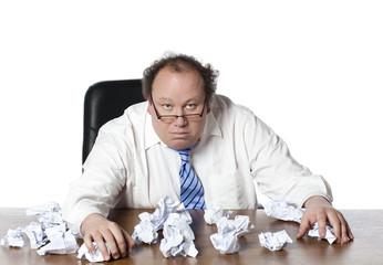 homme d'affaires débordé de travail