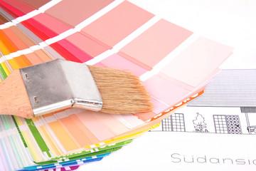 Farbkarte und Pinsel