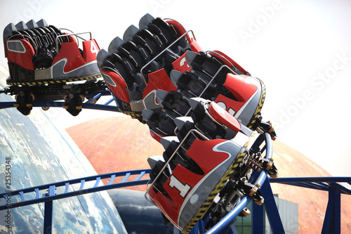 the rollercoaster - 25354348
