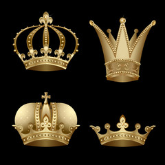 Set of four gold crown with diamond