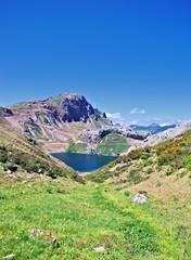 Vistas del lago la cueva,Someido,Asturias