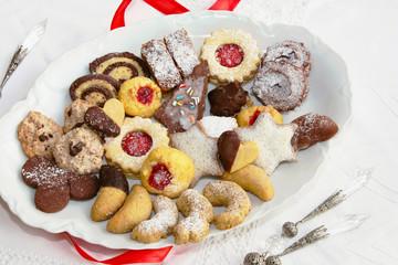 Festlicher Plätzchenteller - Plate with Christmas Cookies