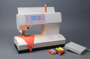 Sewing Machine with Threads and fabric