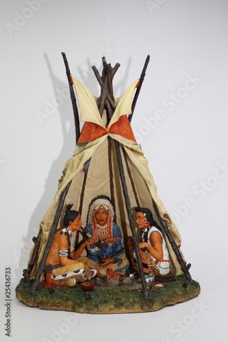 In de dag Indiërs Indianerzelt