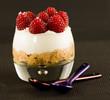 Verrine(s) au Cheesecake, crumble et framboises fraiches