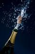 Champagner Korgen fliegt