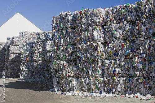 Leinwanddruck Bild Plastic recycling