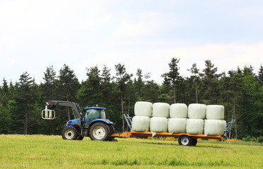 Agriculture - Loading Hay Bales