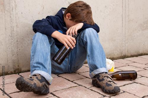Leinwandbild Motiv Jugend Alkoholismus