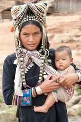 Akha Frau mit Baby