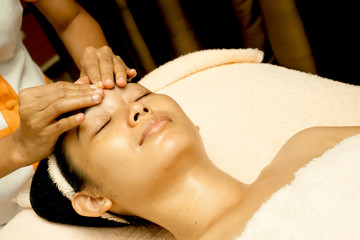 Face Massage at Beauty Clinic