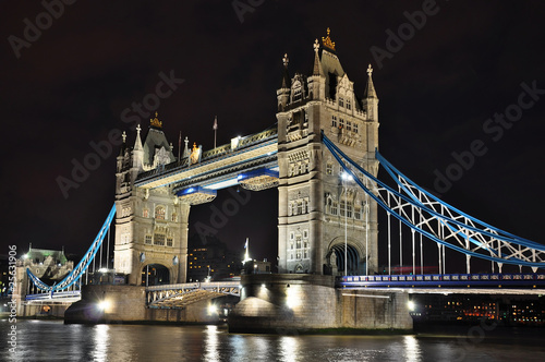Leinwandbild Tower Bridge bei Nacht, London, HDR-Foto