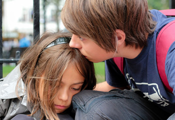 consoler sa petite sœur