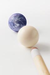 地球とビリヤード球