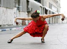 Tancerka flamenco z kastaniety
