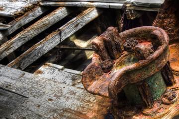partie d'une carcasse de bateau abandonné