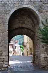 village de Quinson 6