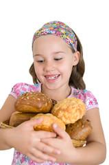 Mädchen mit Brotkorb