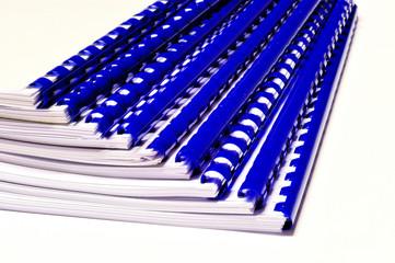 Documenti rilegati con spirale di plastica, close up