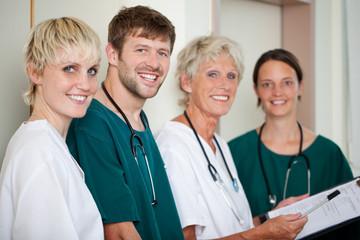 ärzteteam im krankenhaus