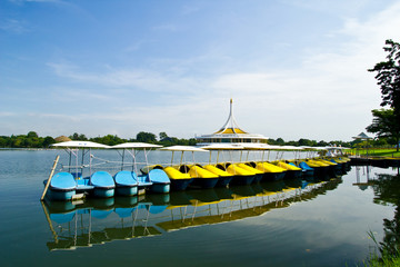 The boat in the rama 9 park
