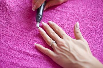 Lucidatura delle unghie
