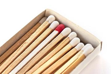 Allumettes blanches et rouge