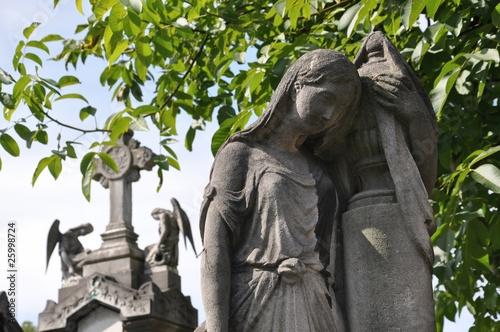Papiers peints Cimetiere Urne, anges et croix