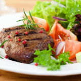Grilled steak with fresh vegetables and herbs - 26000793