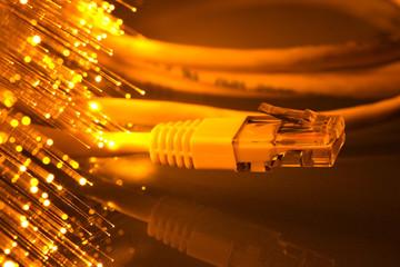 connessione adsl 2 - fibra ottica