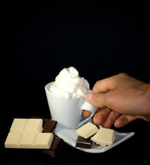 tazzina cn panna e cioccolato