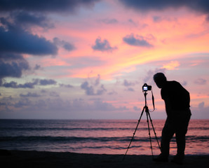 Thailand Phang Nga - taking picture at sunset