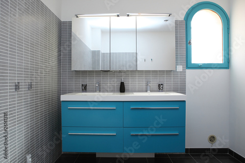 Papier peint salle de bain grise et bleu turquoise - Salle de bain gris et bleu ...