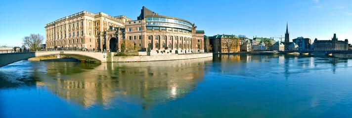 Panorama de Stockholm et Parlement suédois