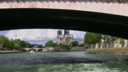 Cruise on Seine