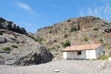 Cabaña de pescadores en Cala Culip (Cap de Creus, Girona)
