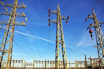 Voltage power lines