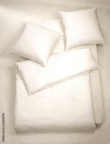 Weiße Bettenfüllung - 26241599