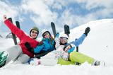 Fototapety Family, ski, snow and fun