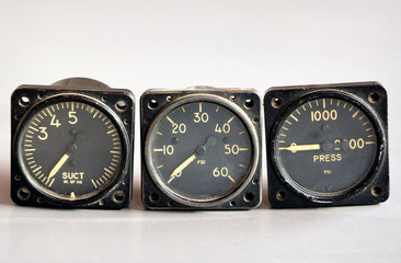 Old airplane and helicopter flying gages